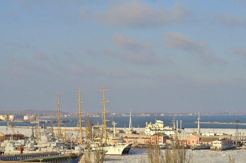В Одессе льды сковали корабли Военно-морских сил Украины (ФОТО), фото-2