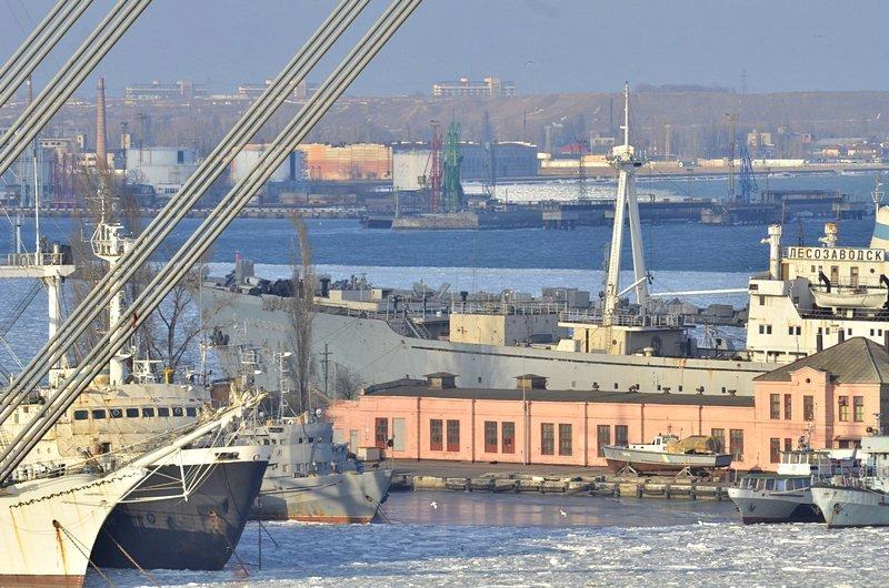 В Одессе льды сковали корабли Военно-морских сил Украины (ФОТО), фото-11
