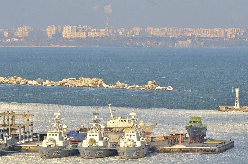 В Одессе льды сковали корабли Военно-морских сил Украины (ФОТО), фото-4