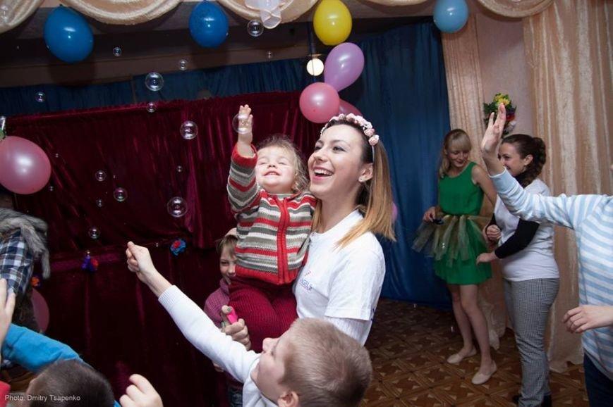 Благодаря меценату Александру Богуслаеву к детям из Ореховского реабилитационного центра пришла в гости сказка, фото-2