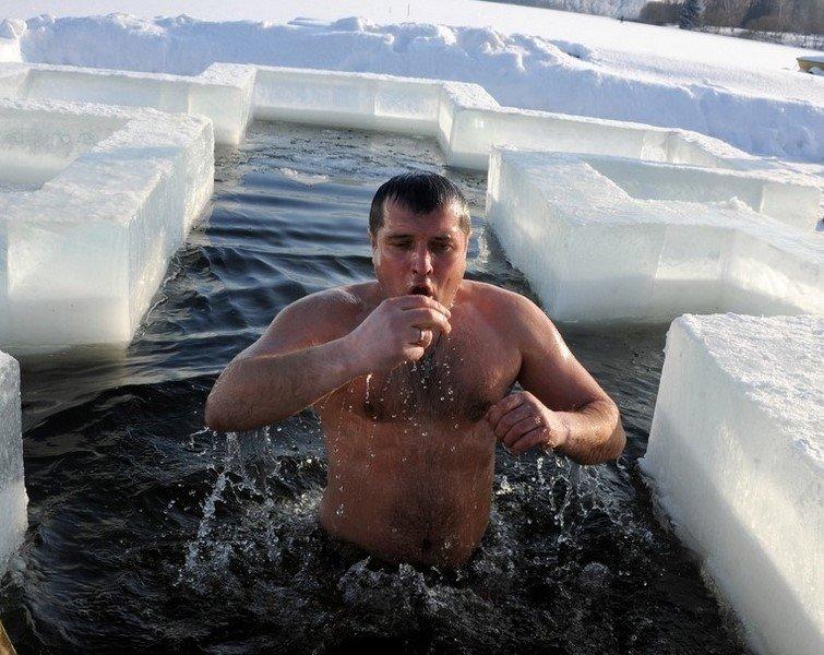 """Народные обряды """"Крещенские купания!"""", фото-1"""