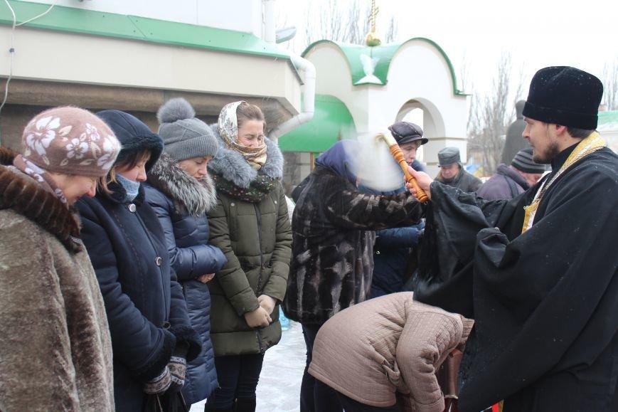 В запорожских церквях массово святят воду, - ФОТОРЕПОРТАЖ, фото-17