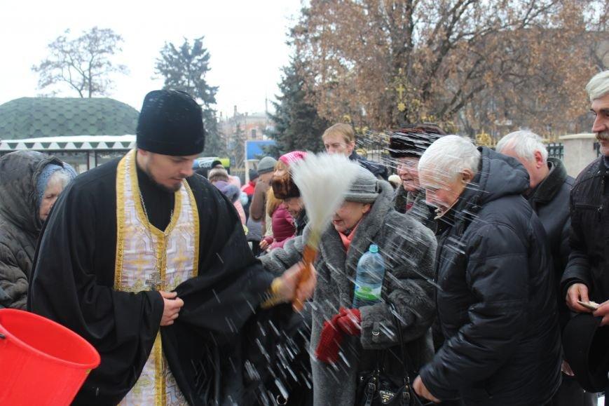 В запорожских церквях массово святят воду, - ФОТОРЕПОРТАЖ, фото-10
