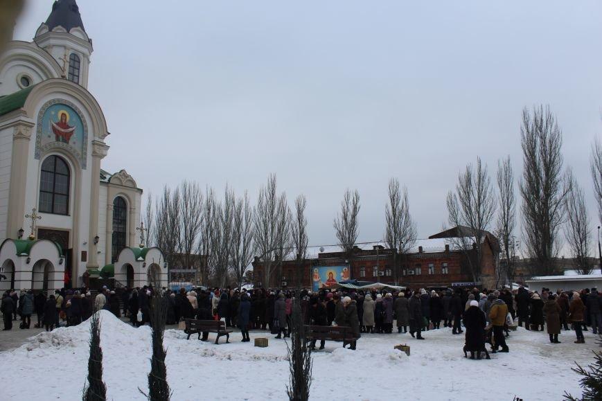 В запорожских церквях массово святят воду, - ФОТОРЕПОРТАЖ, фото-21