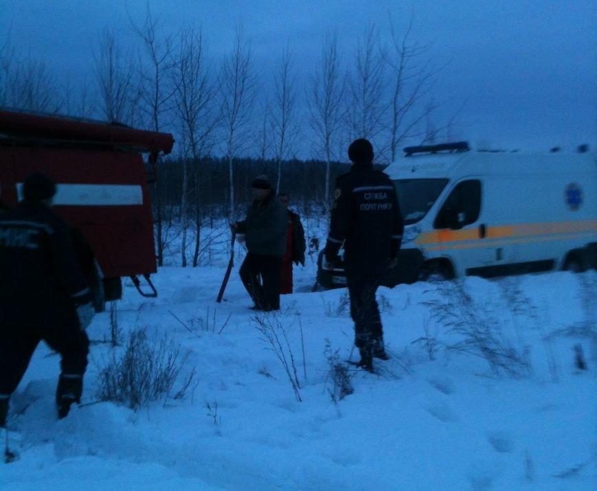 На Сумщине спасатели вытащили «скорую» из снежного заноса (ФОТО), фото-2