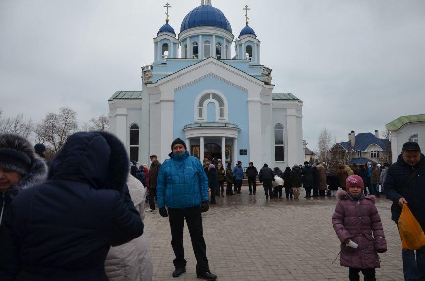 Мариупольцы на Крещение массово посетили храмы (ФОТО+ВИДЕО), фото-28