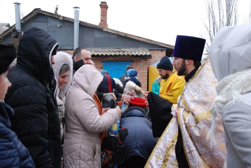В православных храмах Бердянска прошли богослужения в честь Крещения Господнего (ФОТОРЕПОРТАЖ), фото-8