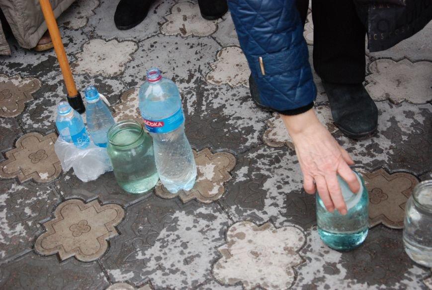 В православных храмах Бердянска прошли богослужения в честь Крещения Господнего (ФОТОРЕПОРТАЖ), фото-10