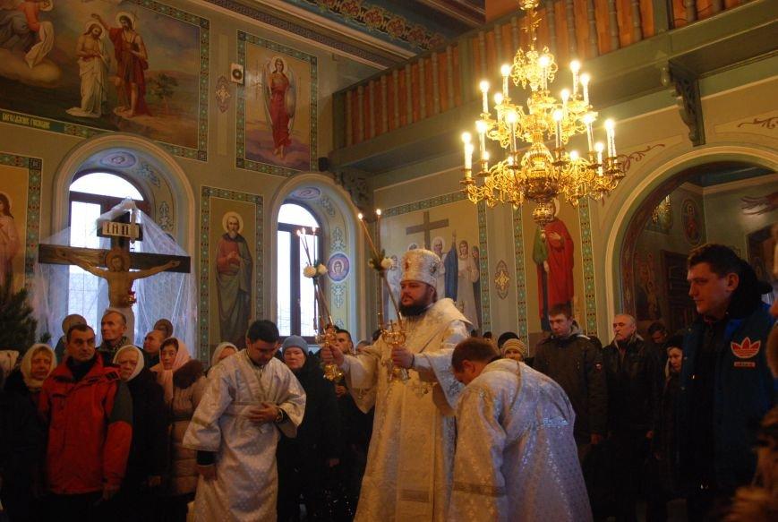 В православных храмах Бердянска прошли богослужения в честь Крещения Господнего (ФОТОРЕПОРТАЖ), фото-4