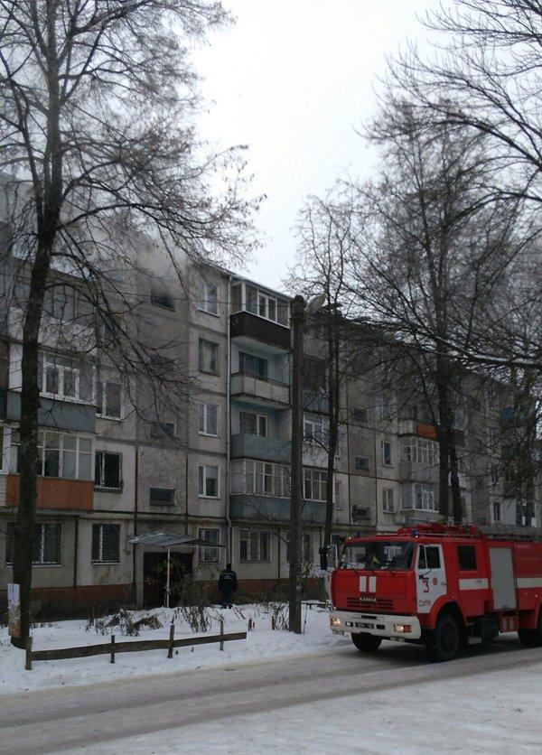 В Сумах горела квартира в жилом доме, фото-1