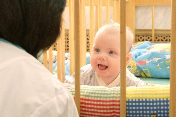 Усыновление-ребёнка-из-дома-малютки-фото-600x400