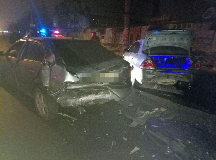 Ночью в Одессе случилась сокрушительная тройная авария (ФОТО), фото-2