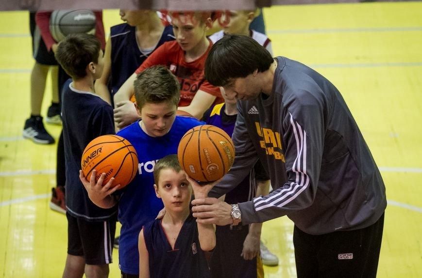 Тренер сборной Украины провел мастер-класс для запорожских детей, фото-4