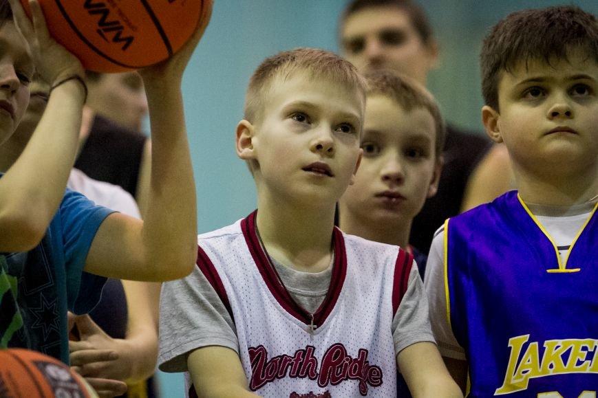 Тренер сборной Украины провел мастер-класс для запорожских детей, фото-1