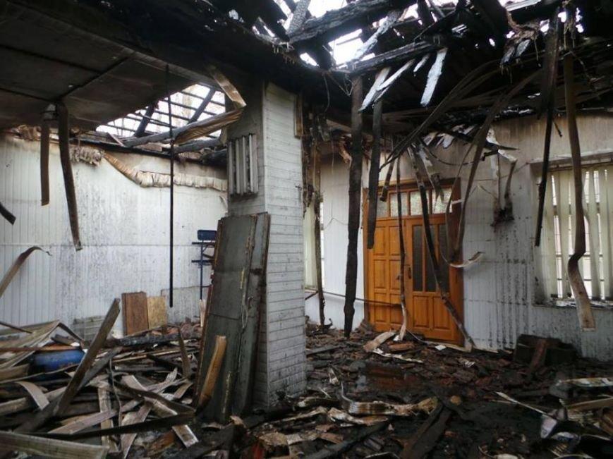 В Бердянске горело складское помещение, фото-6