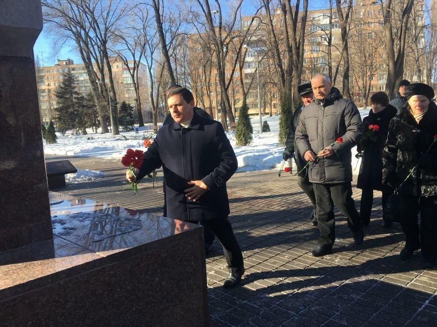 В Кривом Роге чиновники отметили День Соборности Украины (ФОТО), фото-20
