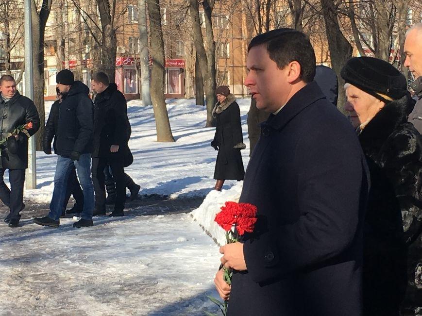 В Кривом Роге чиновники отметили День Соборности Украины (ФОТО), фото-16