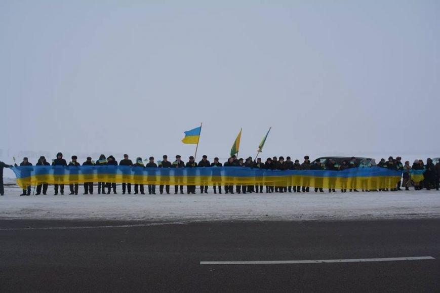 На кордоні Новоград-Волинського та Корецького районів відбувся захід присвячений Дню Соборності України, фото-2