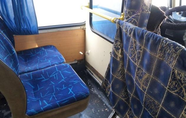 Штаб АТО обвинил боевиков в обстреле автобуса  Донецк-Докучаевск (ФОТО), фото-3