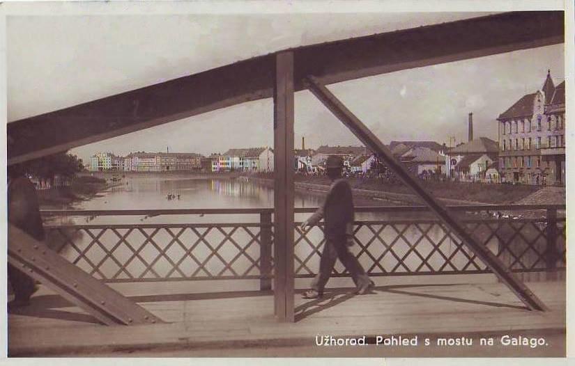 Унікальна світлина: ужгородський пішохідний міст у 1930-ті
