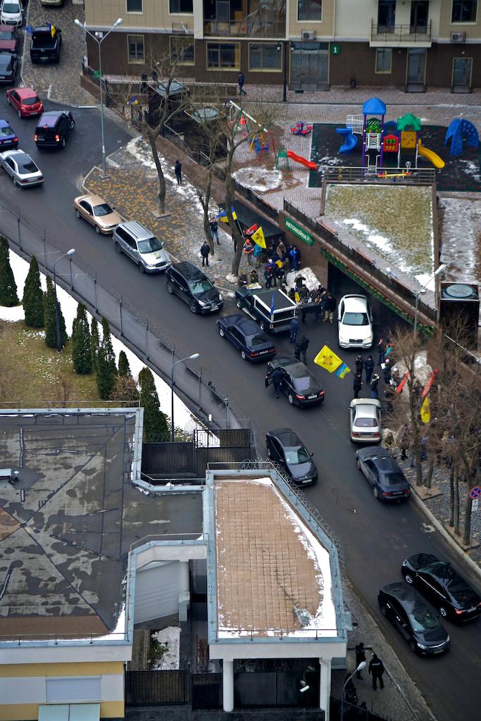 В Одессе возле консульства РФ собрались патриоты (ВИДЕО, ФОТО), фото-5