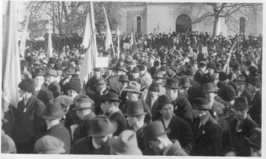 mitynh-na-Den-Zluky.-KHust-22-sichnia-1939-roku