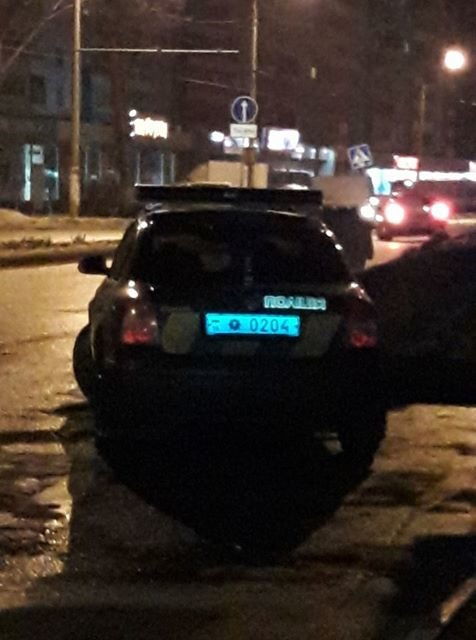 В Одессе заметили старых ГАИшников с запрещенными жезлами (ФОТО), фото-1