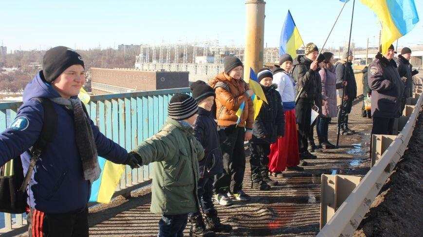 Запорожцы соединили два берега Днепра живой цепью в честь Дня Соборности,- ФОТОРЕПОРТАЖ, фото-10