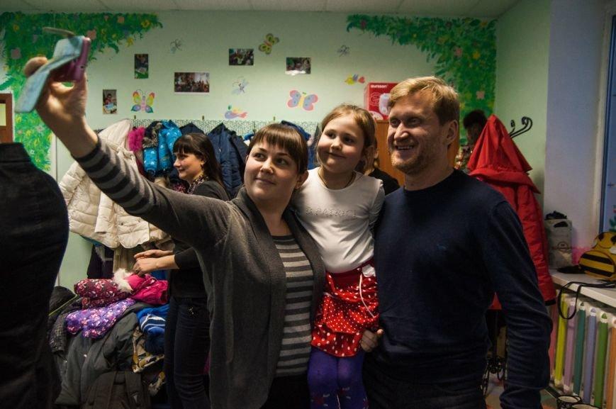 «Уральские пельмени» рассмешили публику в Центре психологической поддержки и реабилитации онкобольных детей, фото-3