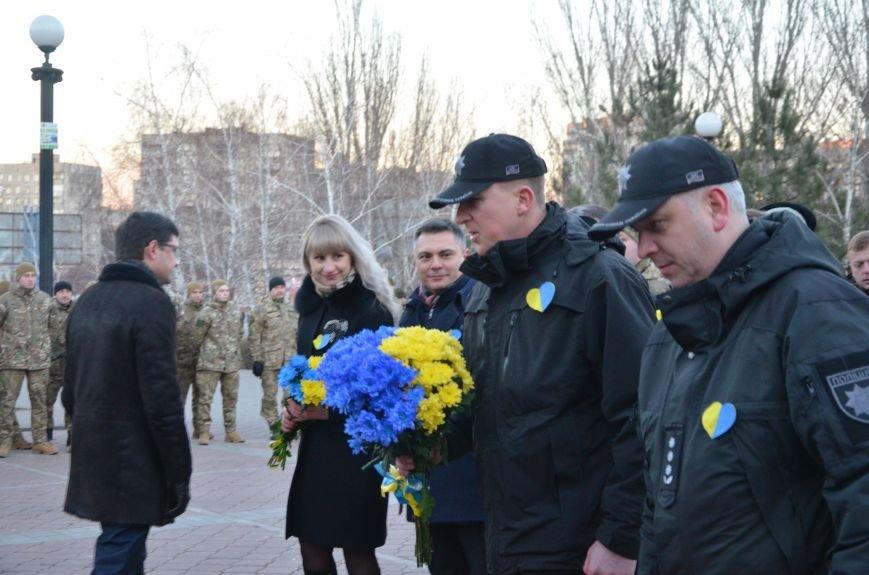 В Мариуполе отметили День Соборности Украины (ФОТО+ВИДЕО), фото-4