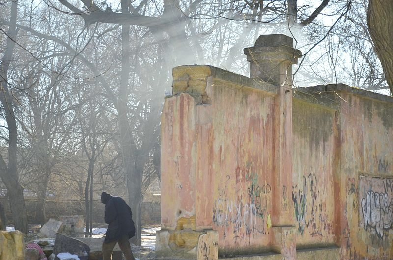 Логово наркоманов в парке не даст покоя одесcитам (ФОТО), фото-1