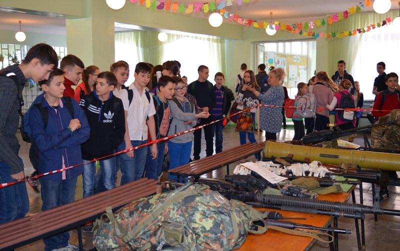 Авдеевским старшеклассникам  рассказали о работе полиции (ФОТО/ ВИДЕО), фото-3