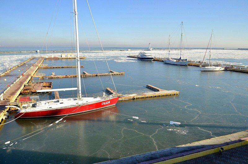 В Одессе лед заковал яхты (ФОТО), фото-1