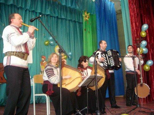 Творческие коллективы Дрогобыча поздравили авдеевцев с Днем Соборности (ФОТО), фото-5