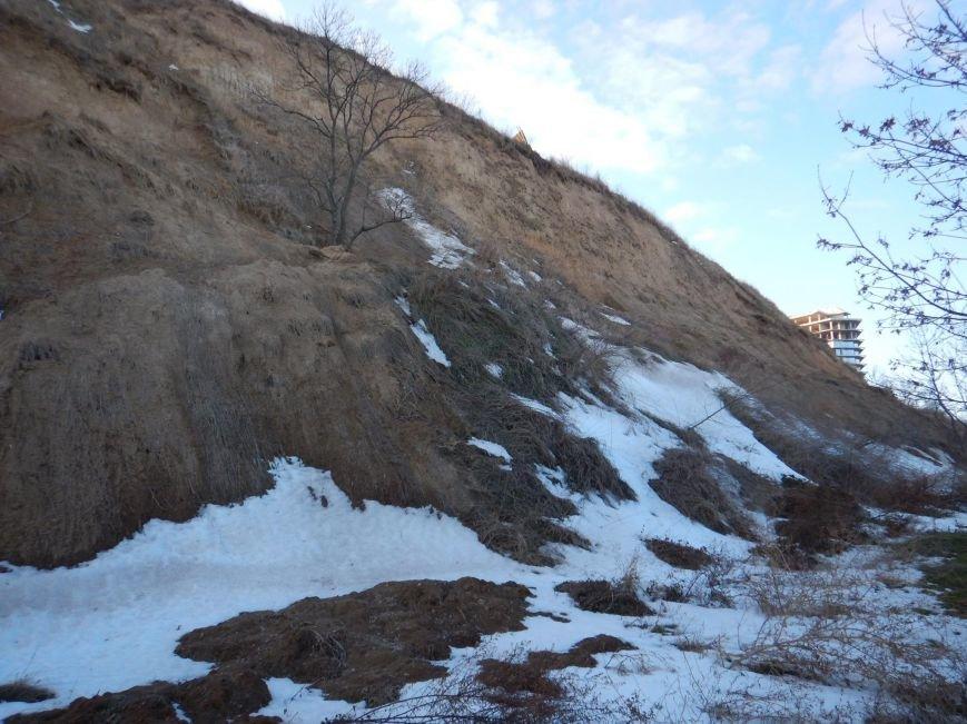 В Одессе зафиксировали масштабный обвал грунта на склонах Трассы здоровья (ФОТО), фото-3