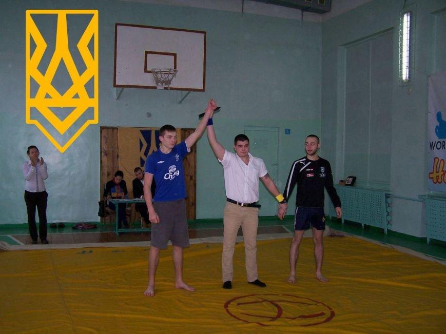 Состоялся открытый чемпионат Бердянска по хортингу на ножах, фото-5