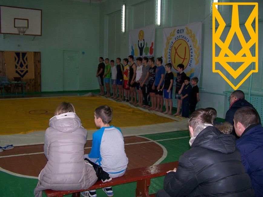 Состоялся открытый чемпионат Бердянска по хортингу на ножах, фото-4