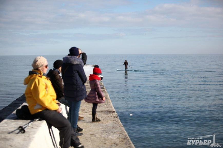 В Одессу на доске по морю приплыл средневековый монах (ФОТО), фото-3
