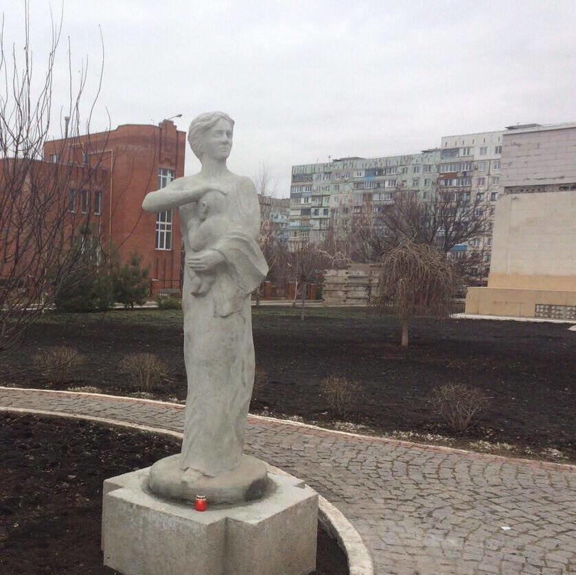 """В Мариуполе ко второй годовщине обстрела  """"Восточного"""" появился новый памятник (ФОТО), фото-8"""