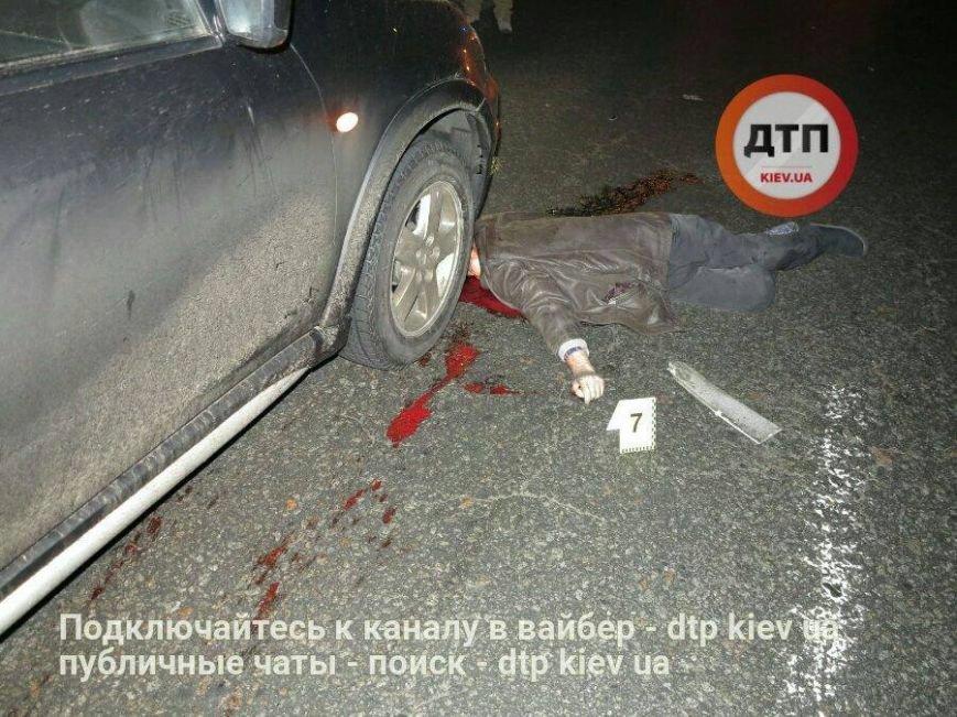 Ужасная авария: возле Жулянского моста под колеса авто попал пешеход нарушитель (ФОТО 18+), фото-8