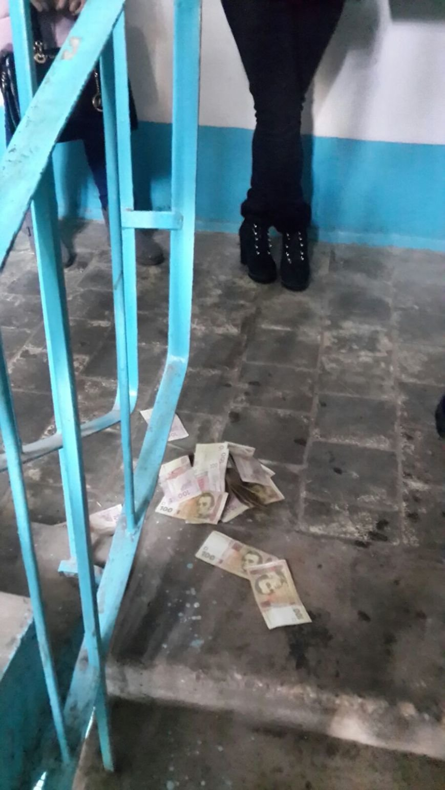 В Бахмуте преподавателя одного из ВУЗов задержали на взятке, фото-2
