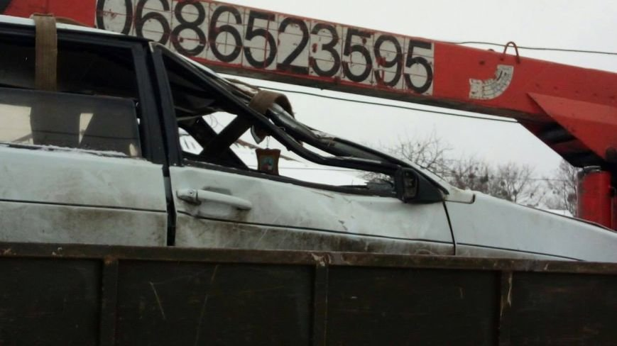 В Сумах автомобиль протаранил забор (ФОТО), фото-2
