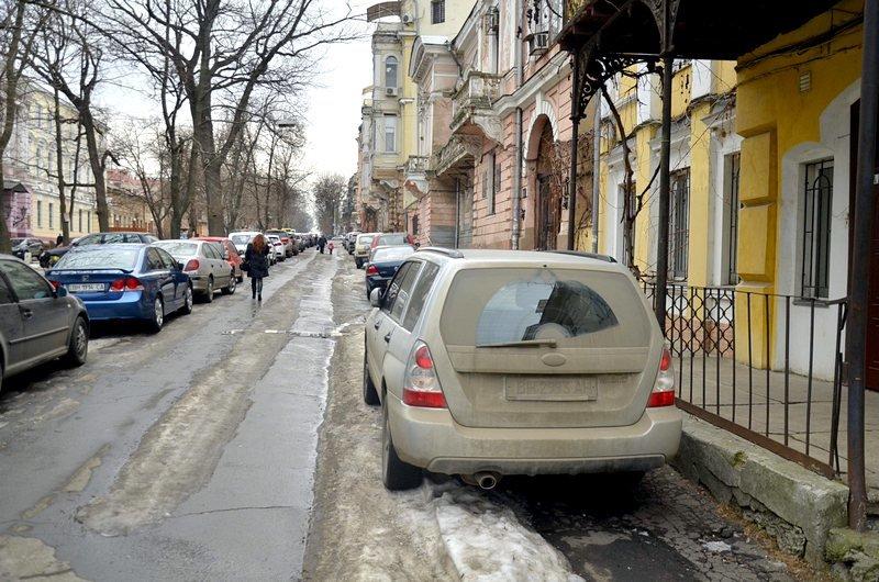 В центре Одессы коммунальщики забросили скверы (ФОТО), фото-2