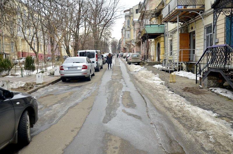 В центре Одессы коммунальщики забросили скверы (ФОТО), фото-1