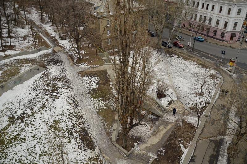 В Одессе сквер не дождался декоммунизации и благоустройства (ФОТО), фото-1