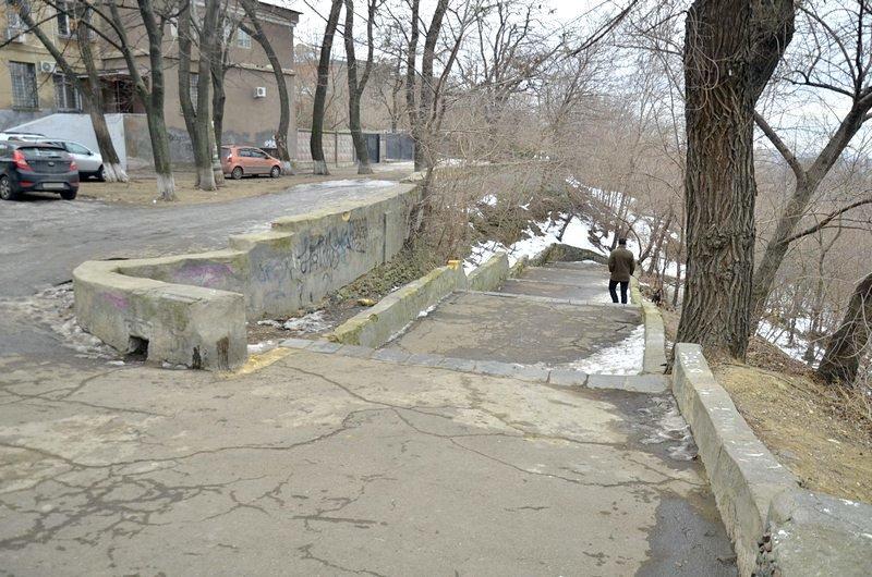 В Одессе сквер не дождался декоммунизации и благоустройства (ФОТО), фото-35