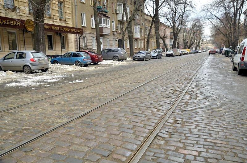 Дворники забросали дороги Одессы льдом (ФОТО), фото-4