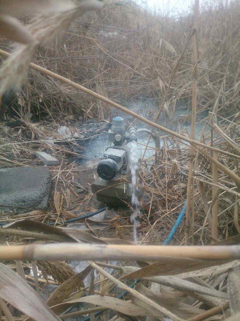 Песчанский ручей приноровились загрязнять при помощи мотопомпы, фото-3