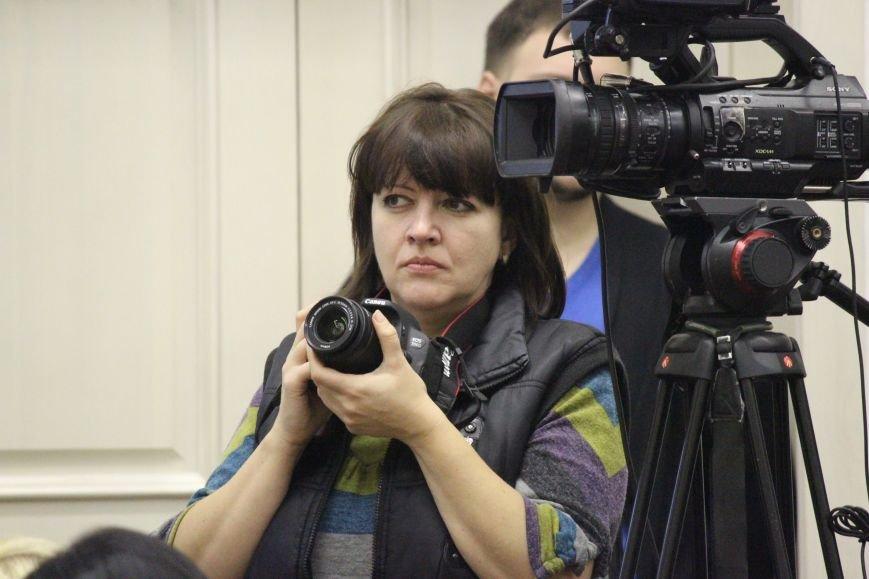 Запорожские депутаты собрались на сессию, - ФОТОРЕПОРТАЖ, фото-24