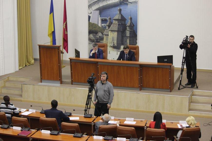 Запорожские депутаты собрались на сессию, - ФОТОРЕПОРТАЖ, фото-11